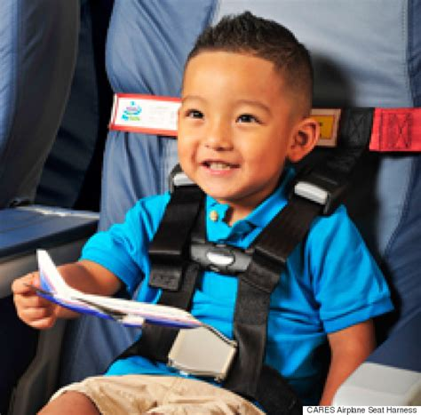 travel toddler car seat airplane 12 products that will make traveling with insanely