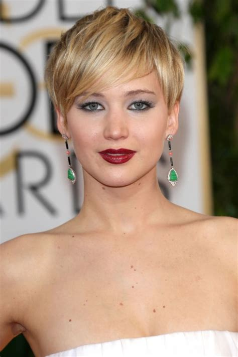 hairstyles for with small faces short hairstyles for round faces women s fave hairstyles