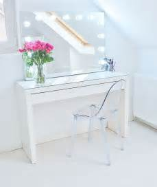 White Gloss Vanity Table 25 Best Ideas About White Gloss Dressing Table On