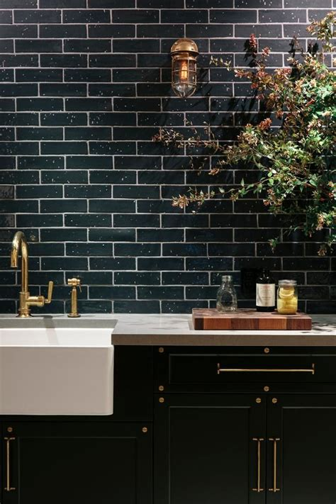 Slate Kitchen Backsplash by Do S Amp Don Ts For Decorating With Black Tile Maria