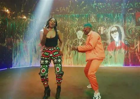Nicki Minaj Megatron Mp4