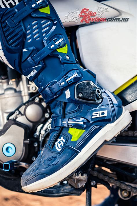 motocross bike dealers husqvarna motocrossers arriving in dealers bike review