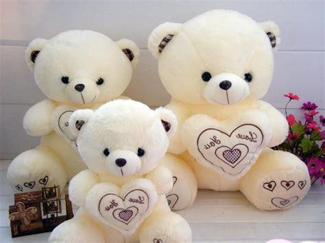 cute hd hug wallpaper teddy bear hugs three cute love 3d hd 191752 wallpaper