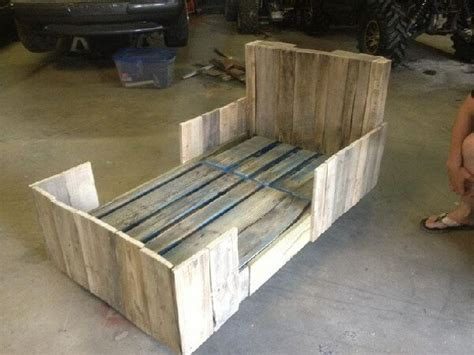 pallet toddler bed wooden pallet toddler bed planing ideas with pallets