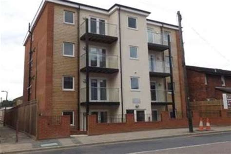 one bedroom flat to rent in watford bills included 2 bedroom flat to rent in whippendell road watford wd18