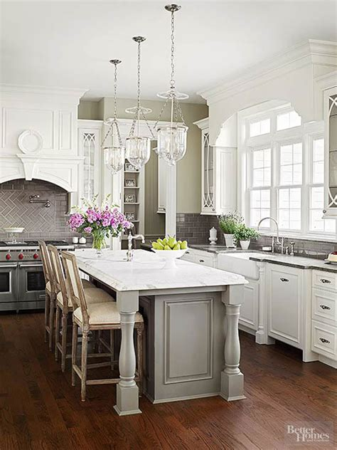 How To Decorate Space Above Kitchen Cabinets by 10 Ideas For Decorating Above Kitchen Cabinets