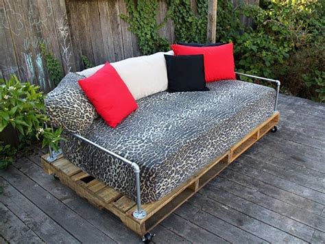 garden sofa from pallets 39 ideas about pallet outdoor furniture for modern look