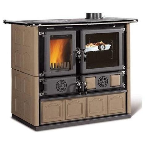 cucine stufe a legna nordica stufa cucina a legna rosa maiolica tortora 7015155
