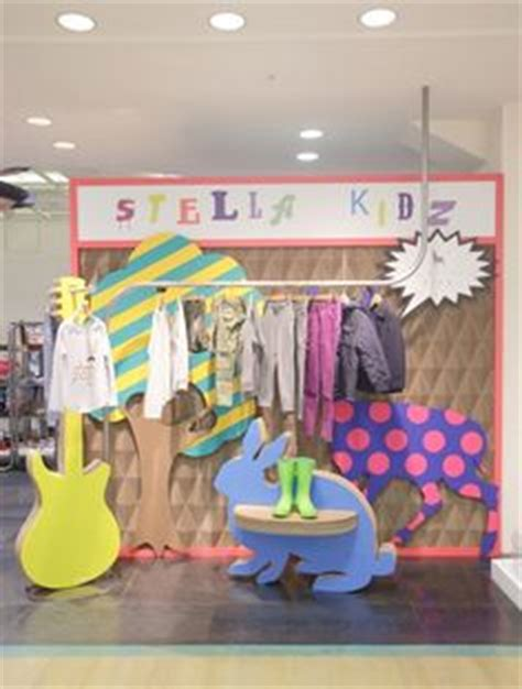 interesting outdoor decor pop up window display 1000 images about vitrinismo on pinterest stella