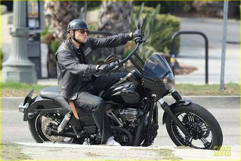 jax teller bikes charlie hunnam soa season 7 sons pinterest