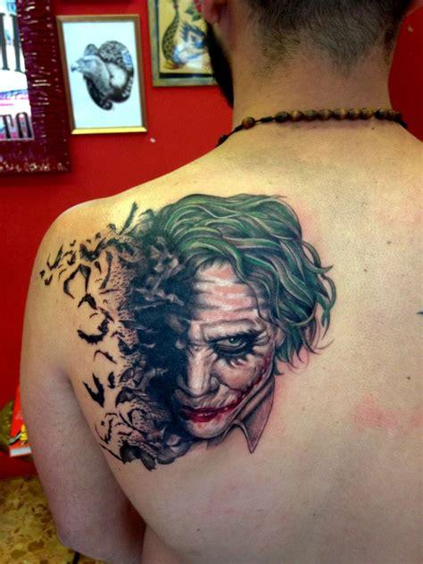 joker smile tattoo die besten 25 joker smile ideen auf