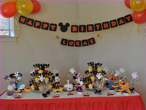 birthday themes for 1 year old boy 1 year old boy birthday gift ideas pictures reference