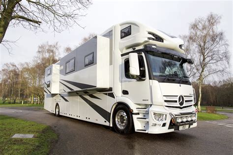 rs motorhomes motorhome and cervan buyers