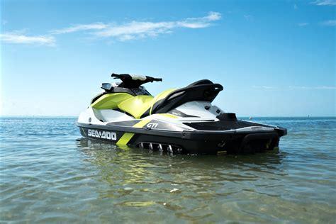 sea doo jet boats 2017 2017 sea doo gti 90 and gti se 130 review boatadvice