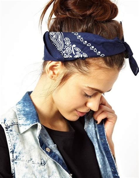 Hat: bandana, bandana print, dark blue   Wheretoget