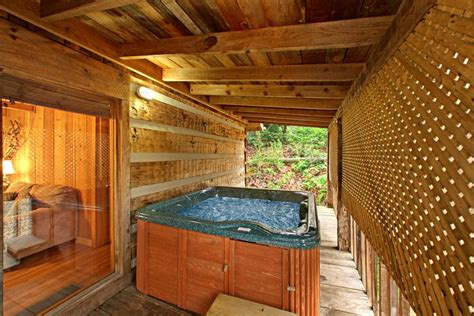 Paw Cabins by Smoky Mountains Pigeon Forge Cabin 2 Bedroom