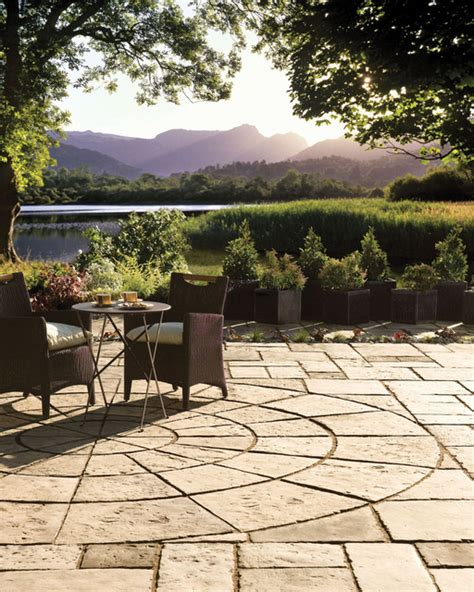 Patio Pack by Bradstone By Nicolock Patio Pack And Circle Patio Pack