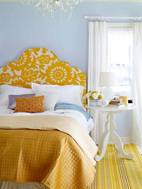 Yellow Bedroom by Yellow Accents In Bedrooms 49 Stylish Ideas Digsdigs