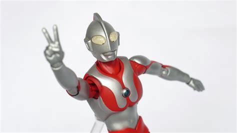 Ultraman Ege Baltan Bandai Original review ultra act ultraman renewal version 赤信号