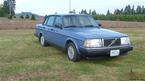 One Light Year In Miles Volvo 240 Sedan 1989 Low Miles Automatic Blue