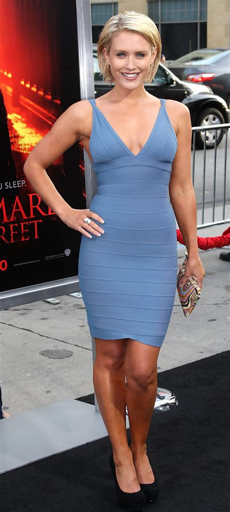 Nickys Dress On Fit Bad On Style by Nicky Whelan Cocktail Dress Nicky Whelan Looks Stylebistro