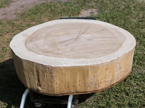 Tree Stump Coffee Table How To Build A Stump Coffee Table How Tos Diy