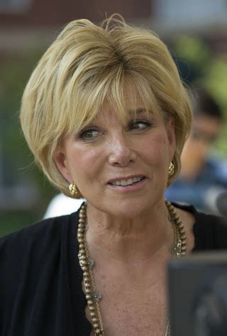how to style hair like joan lunden joan lunden 64 she beat a very aggressive breast cancer