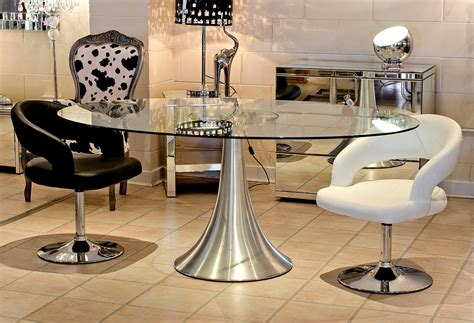 choosing glass dining room tables for small space choosing the type of modern glass dining table that