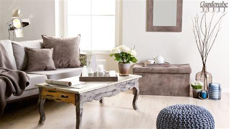 wohnzimmer einrichten landhaus brocante salontafel een landelijke toevoeging westwing