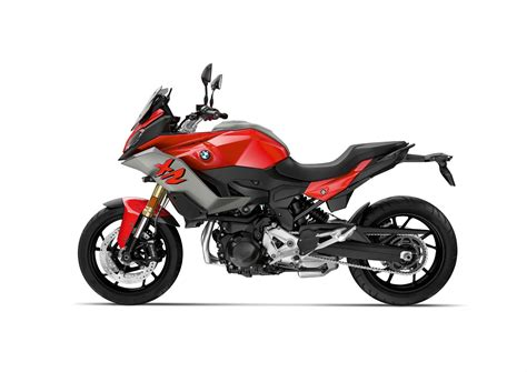 bmw   xr    fast facts ultimate