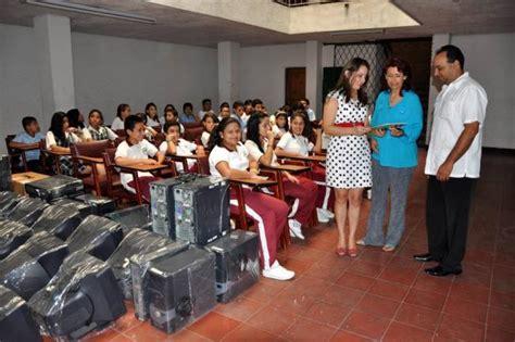 donacion muebles madrid donaci 243 n de la uis al colegio oriente miraflores