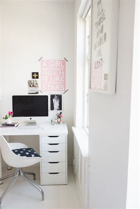 desks for teenage bedrooms 17 best ideas about modern teen bedrooms on pinterest