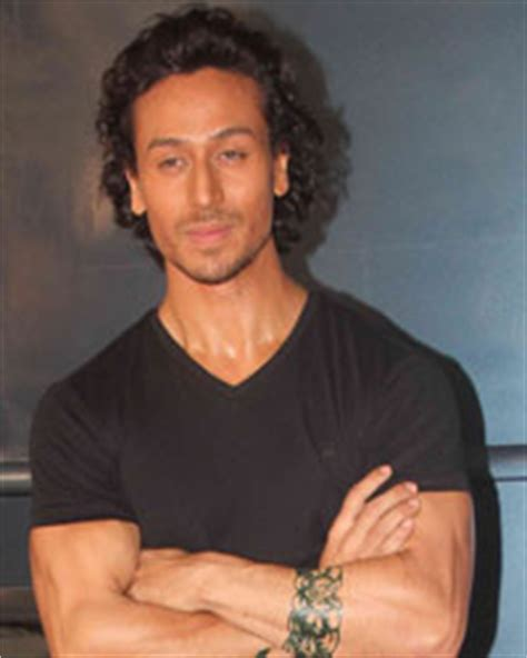 on location shoot of film baaghi tiger shroff and