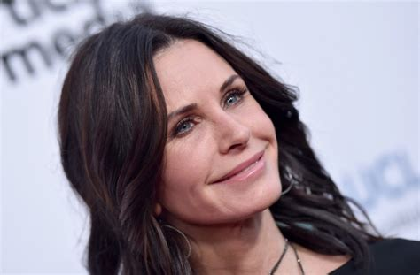 Courney Cox Gets by Courteney Cox Plastic Surgery Confession I Ve Done