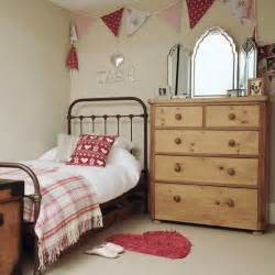 small girls bedroom ideas bedroom ideas for girls with small rooms country girl