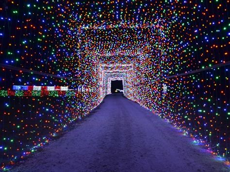 9 hill country road trips to celebrate the holiday season