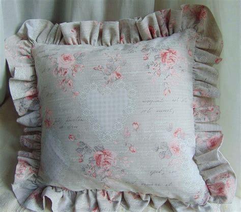cuscini romantici cuscino shabby romantico with cuscini romantici
