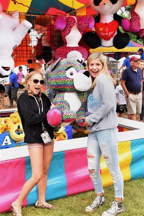 misc fair fun   great jones county fair presented  wellmark