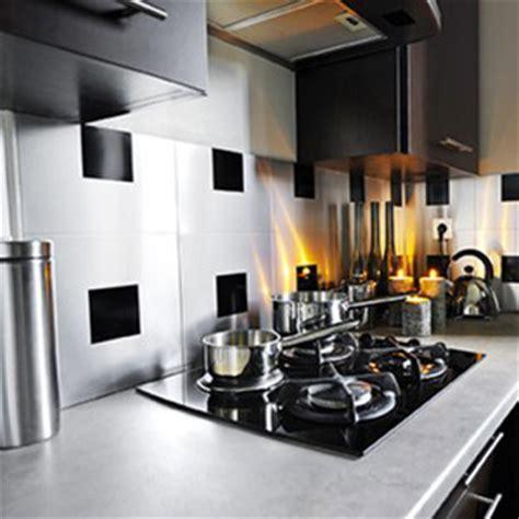 carreaux adhesifs cuisine relooker sa cuisine 5 rev 234 tements pas chers du tout