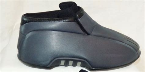 bad basketball shoes the 5 worst basketball shoes in honor of lonzo s kicks