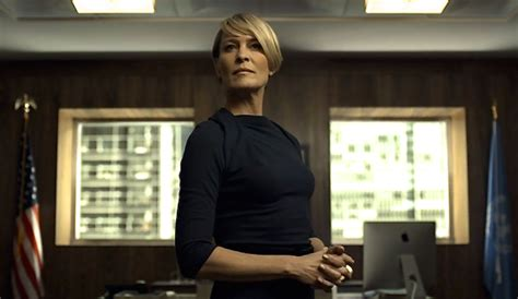 robin wright house of cards house of cards star robin wright demanded equal pay and got it