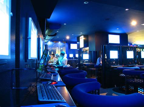design cyber cafe internet cafe interior design fresh furniture idea