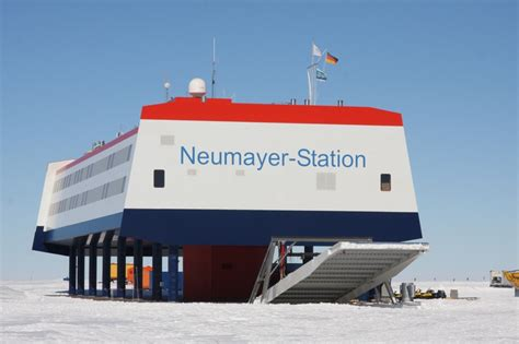 Plant Room picture postcard neumayer station antarctica mr blog s