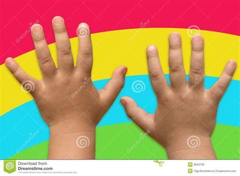 imagenes libres manos dos manos de los ni 241 os im 225 genes de archivo libres de