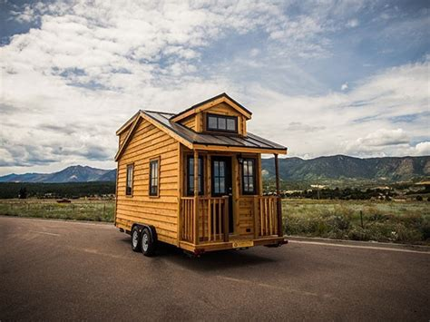 tumbleweed tiny houses on wheels tiny house talk 131 sq ft linden 20 horizon tiny home