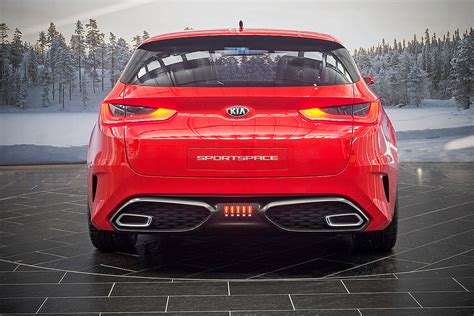 Kia Optima Sport Real Pictures Of Kia Optima Wagon Concept Sportspace