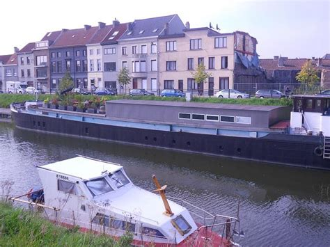houseboats for rent in va 109 best images about barge living on pinterest