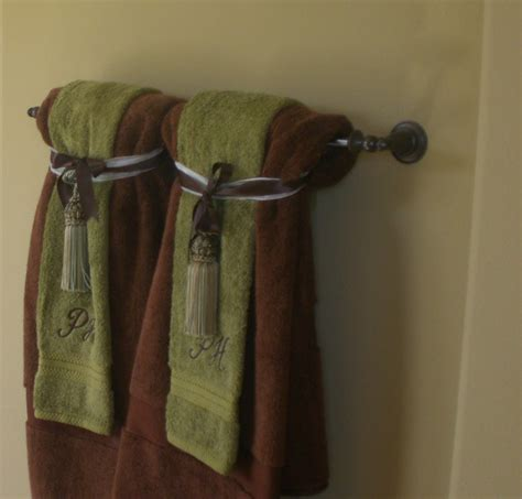 towel decorations shaping spaces
