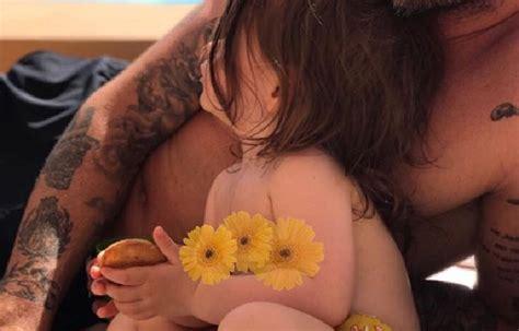 tukif pere baise sa fille pere et fille tukif pere et fille sur tukif cette photo d