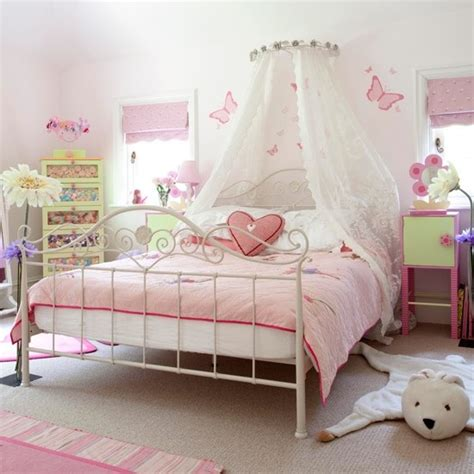 ideas for decorating a girls bedroom ideas on decorating a little girls bedroom home delightful